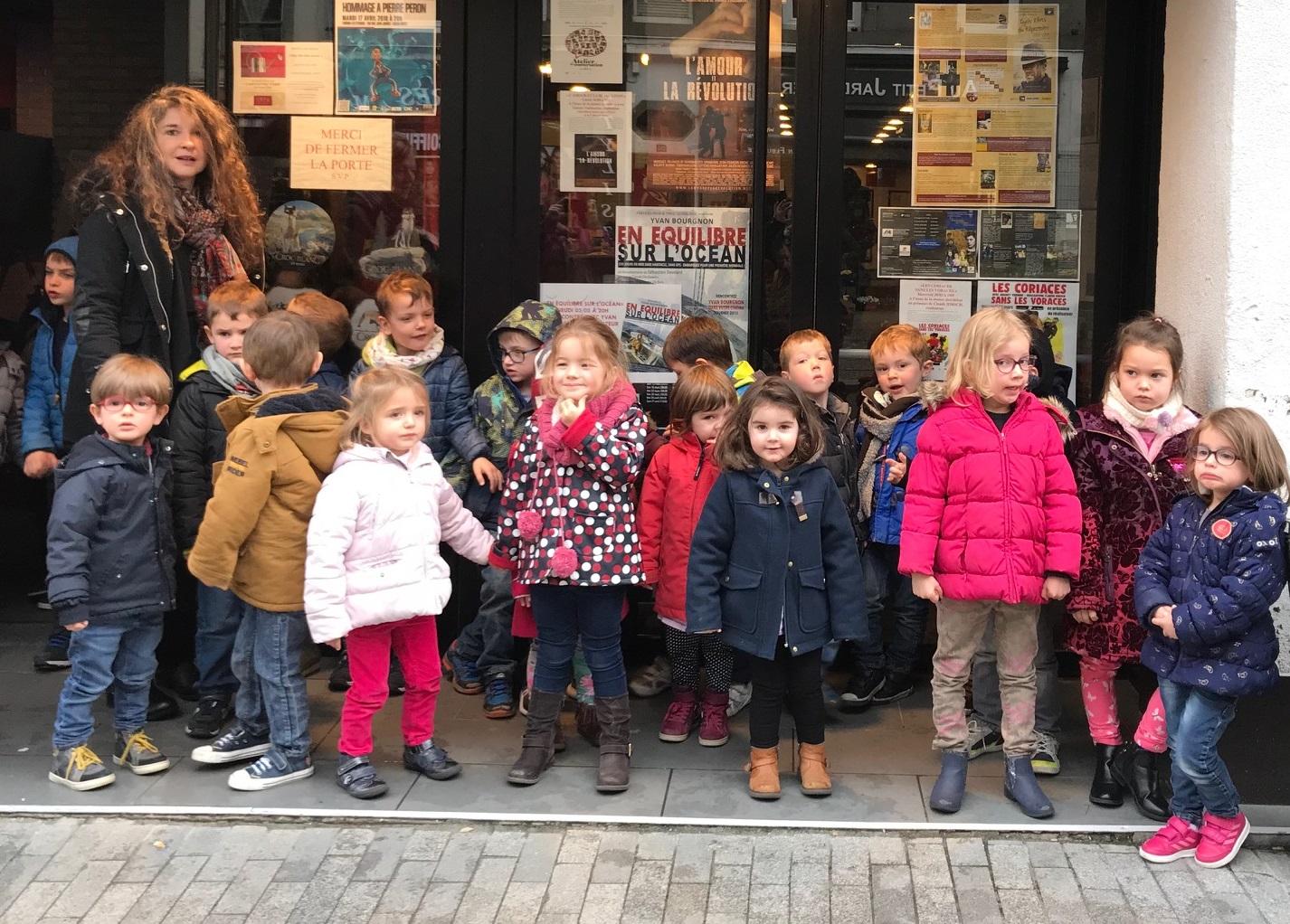 Jeudi 29 mars les maternelles bilingues vont au cinéma
