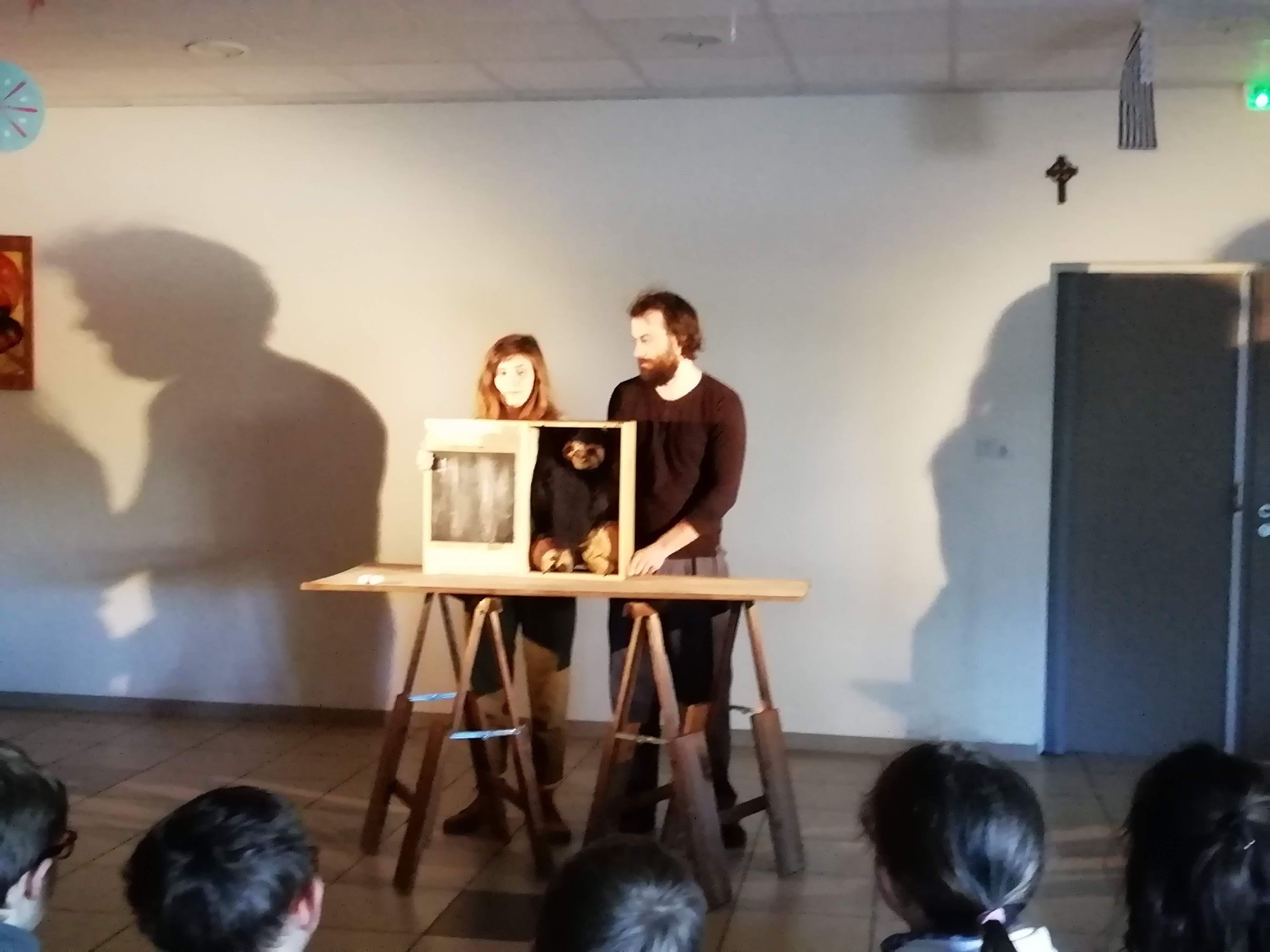 Des marionnettistes à Sainte Thérèse